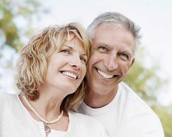 implantes-dentales-sevilla-dentalbell