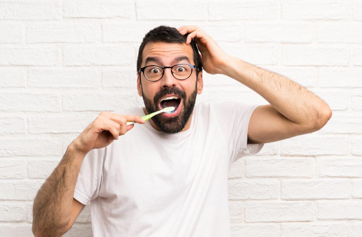 ¡Hora de cambiar tu cepillo de dientes!