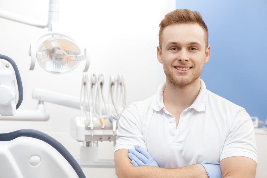 Cosas que debes evitar al visitar a tu higienista dental